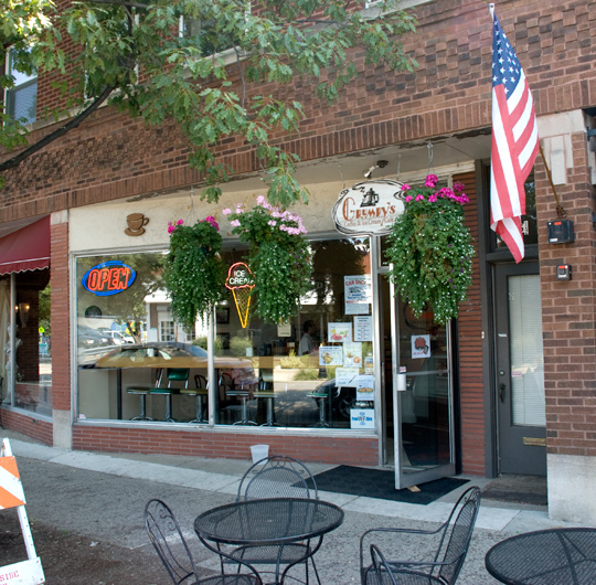 Grumpy's Coffee and Ice Cream Café in Riverside, Illinois