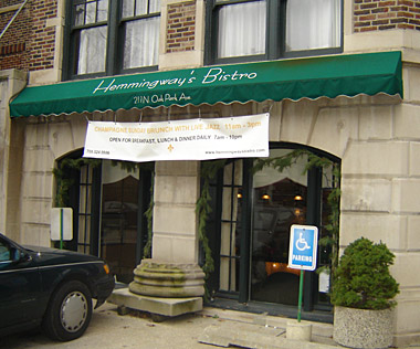 Hemmingway's Bistro in Oak Park, Illinois