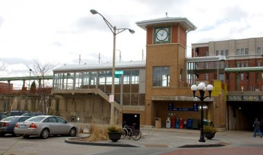 Train station-The Oak Park train station on Marion Street in Oak Park, Illinois (medium sized photo)