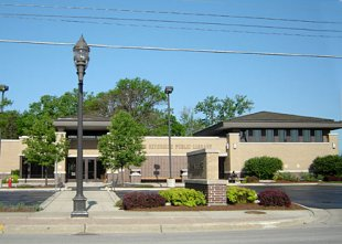 Library-Public Library in North Riverside, Illinois (medium sized photo)